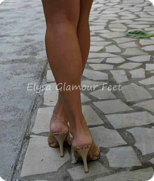 IMG 6372 Mistress Elysa goes to the beach