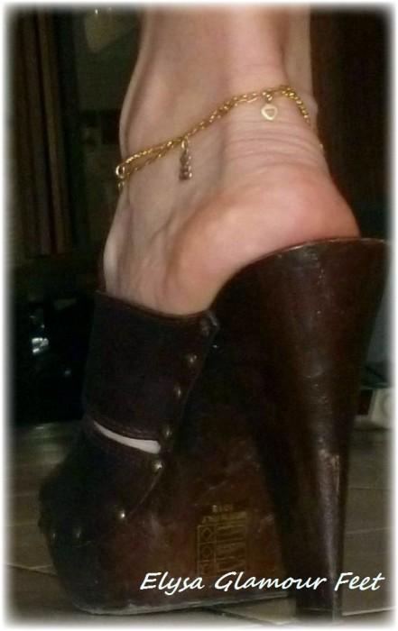 1 441x700 Mules Wooden Heels